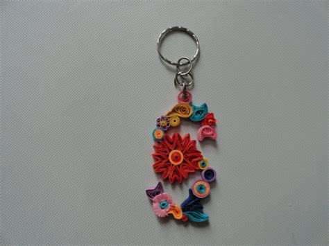 paper quilling keychain tutorial 82 best paper quilling key chains images on pinterest