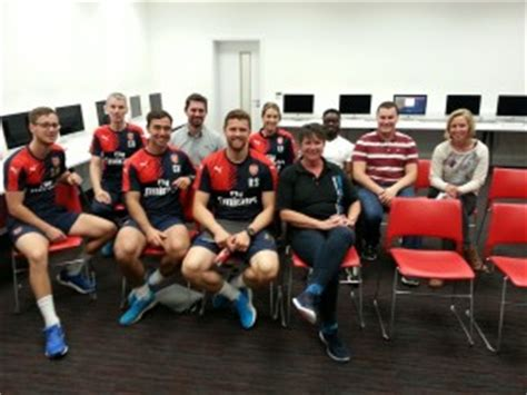 arsenal academy players osgood schlatters disease treatment help and support