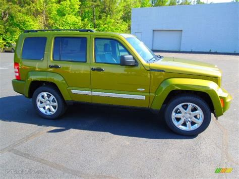 green jeep liberty 2012 rescue green metallic jeep liberty latitude 63848372