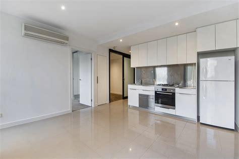bathroom auctions melbourne 22 coromandel pl melbourne 3000 sold 2 bedroom apartment