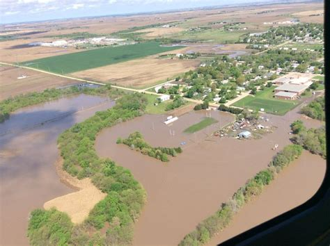 rainfall lincoln ne nebraska declares state of emergency after flood and