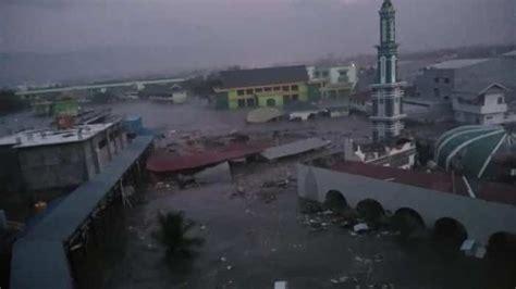 tsunami hits indonesia s palu after strong 7 5 magnitude - Tsunami Palu