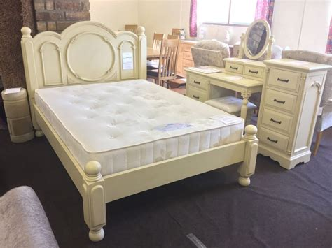 shabby chic style bed frame