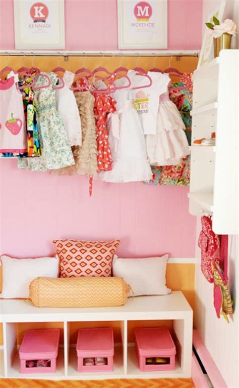 Bedroom Decorating Ideas Pink Closet Design For