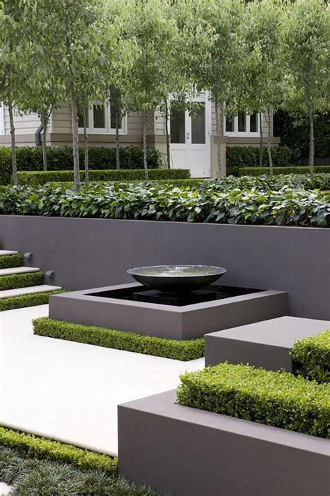 contemporary gardens best 25 modern gardens ideas on pinterest modern garden