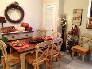 room decor idea 30 beautiful and cozy fall dining room d 233 cor ideas digsdigs