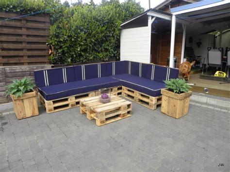 Sectional Made Out Of Pallets by Amazing Diy Pallet Sofa Ideas Desired Home