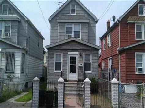 house for sale south ozone park ny 111 30 127th st south ozone park ny 11420 weichert com sold or expired 43789596