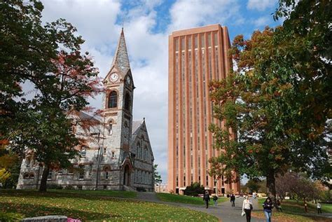 Umass Lowell Mba Ranking by Of Massachusetts Grad School Hub