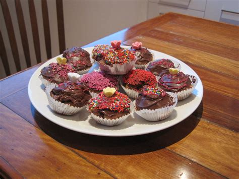 Homegrown And Handmade - file cupcakes jpg