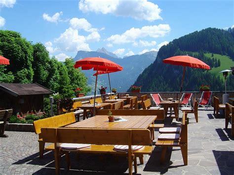 la terrazza ortisei fersinaviaggi it hotel sporthotel platz ortisei bolzano