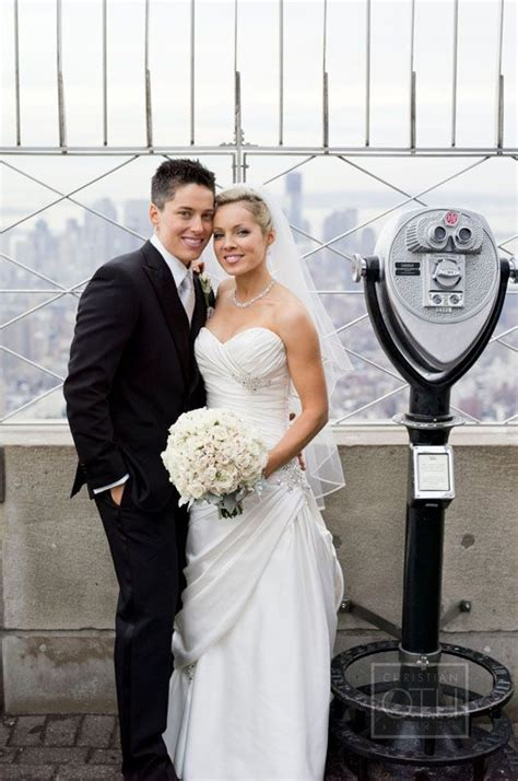 First same sex couple married at the Empire State Building