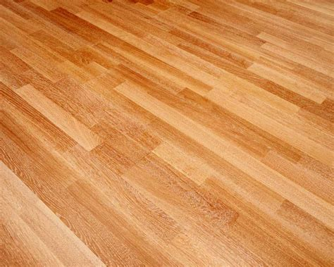 Laminate Flooring   J & C Carpets Limited