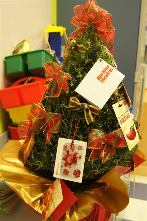 Teacher Gift Card Tree - 17 best images about gift card trees and gift card wreaths on pinterest teaching