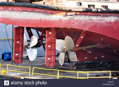 tugboat propeller tugboat dock stock photos tugboat dock stock images alamy