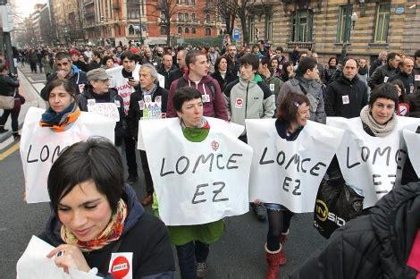 miles de personas piden en el pais vasco la retirada de la lomce pais vasco elmundoes