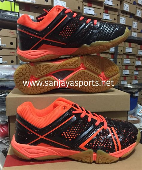 Harga Adidas Atric jual perlengkapan olahraga bulutangkis badminton
