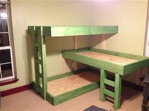 bunk beds for 3 25 best ideas about triple bunk beds on pinterest