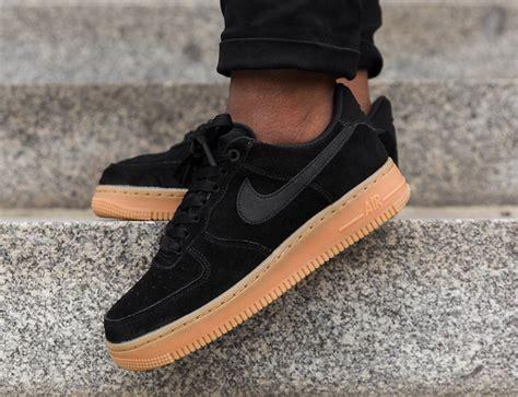 Nike Air 1 07 Se 1 nike air 1 07 se black gum aa0287 002 sneakerfiles