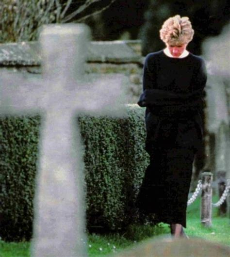 diana grave 43 best images about diana at home in althorp on pinterest