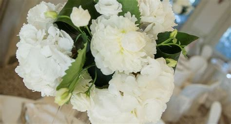 addobbi di fiori per matrimoni addobbi floreali matrimonio prezzi regalare fiori
