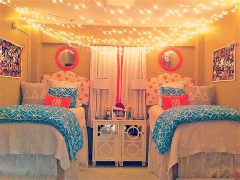 ways to decorate your room 12 ways to decorate your dorm room twinkle lights girls