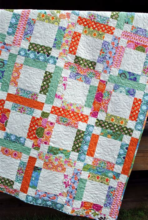 Choosing Quilt Colors by One Jelly Roll Mary S Five Patch And Easy