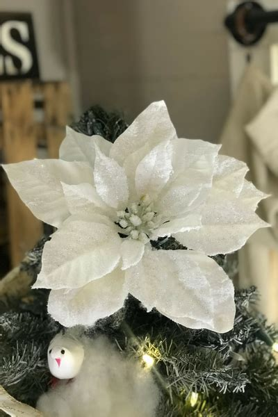 shabby chic tree toppers how to a shabby chic tree flippin fanchers