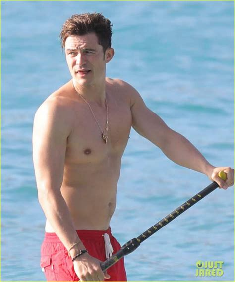 boarding orlando orlando bloom goes paddle boarding but keeps his shorts on photo 3876684 orlando