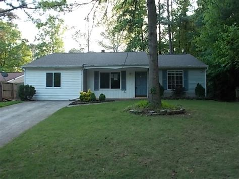 205 worthington hill roswell ga 30076 foreclosed home