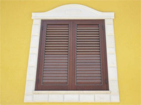 cornice finestra elementi architettonici apstones