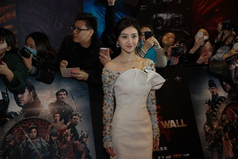 film china wall film the great wall to hit screens on dec 16 1