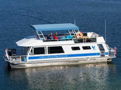 houseboats on lake mead lake mead nevada tours rentals things to do
