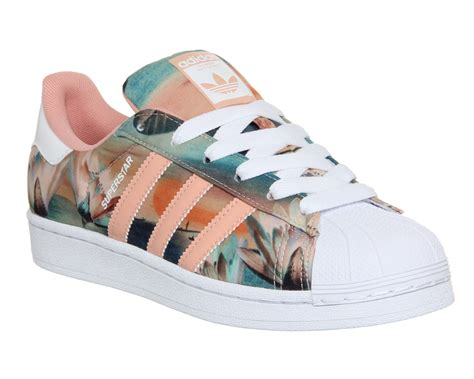 Adidas Superstar Z2 adidas superstar 2 dust pink farm print w his trainers