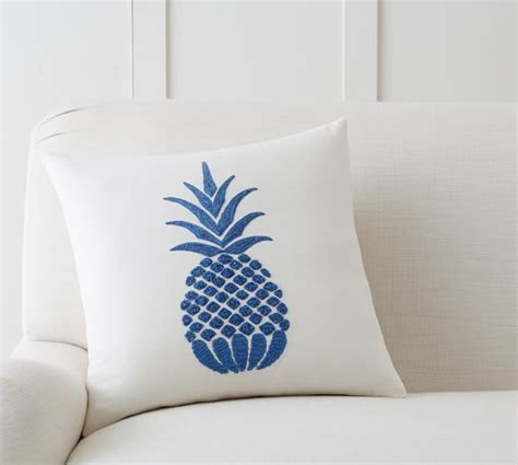 Pottery Barn Pillows On Sale by Pottery Barn 20 Weekend Sale Save On Furniture