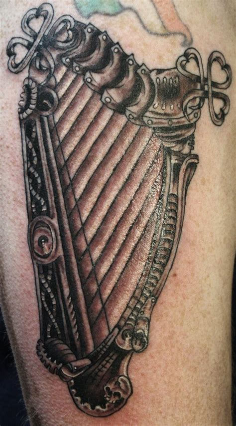 irish harp tattoo celtic harp pictures to pin on tattooskid