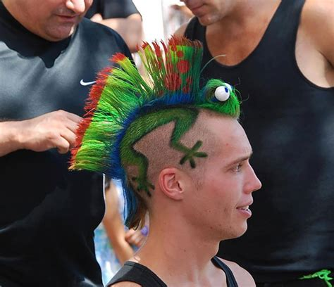 Worlds Craziest Hair Dos by 15 Of The Craziest Haircuts Bored Panda