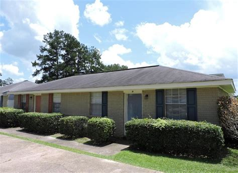 one bedroom apartments in hattiesburg ms southern cottages apartment in hattiesburg ms
