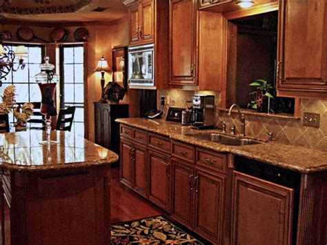 tuscany kitchen cabinets 1000 ideas about tuscan kitchens on pinterest tuscan