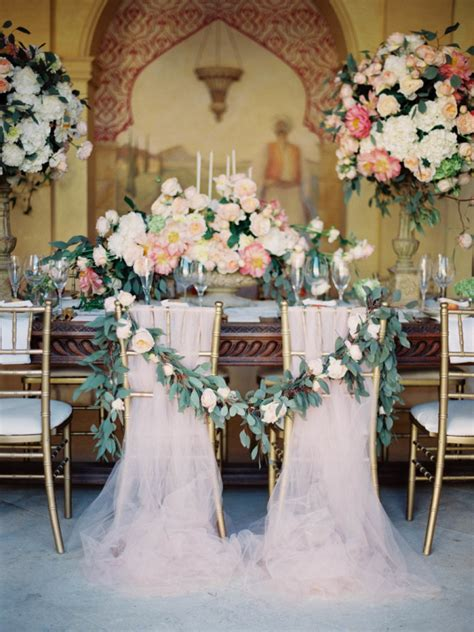 Garland Decorations by 40 Ways To Decorate Your Wedding With Floral