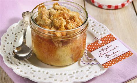 kuchen im weckglas backen kuchen im glas apfel karamell kuchen mit streuseln rezept