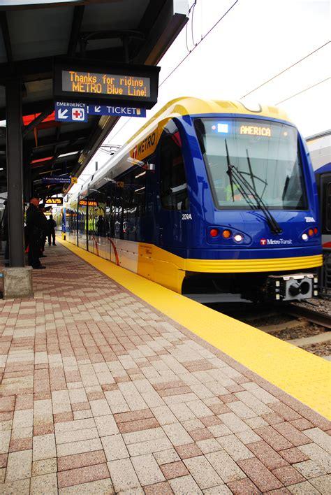 metro transit light rail hiawatha light rail is now metro blue line metro transit