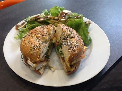 le comptoir du panier bagels poulet foto di le comptoir du panier marsiglia
