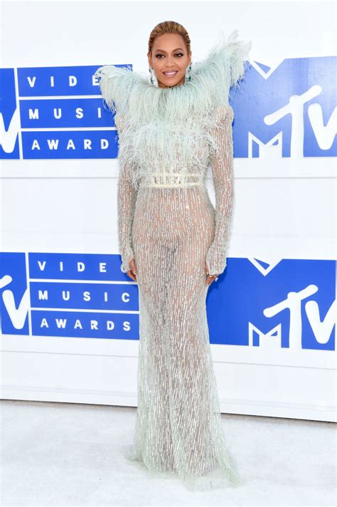 Best Worst Dressed At The 2008 Mtv Vmas by Best Worst Dressed At The Mtv Awards 2016