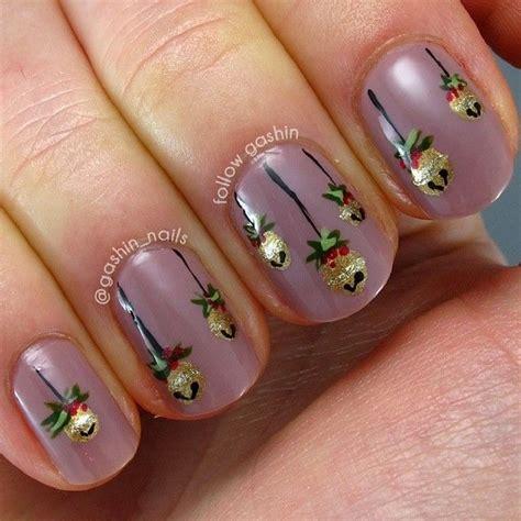 ornaments nails pinterest xmas nail art tree nail