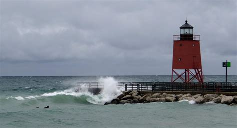 service michigan national weather service issues gale warning for lake michigan predicts 20 foot waves