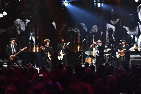 doyle bramhall ii    annual rock  roll hall  fame induction ceremony