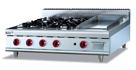 stainless steel gas range 4 burners and griddle counter