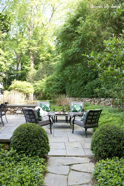 Simple Patio Decorating Ideas by Summer Simplified Simple Outdoor Decorating Ideas