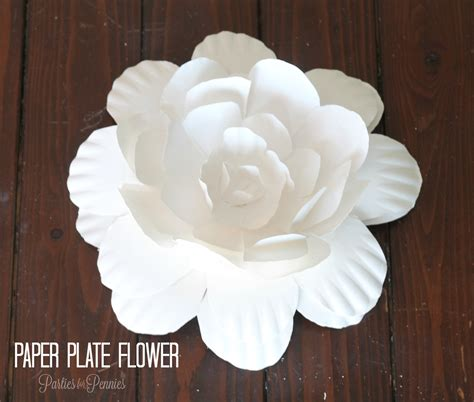 how to create a flower from a paper plate for